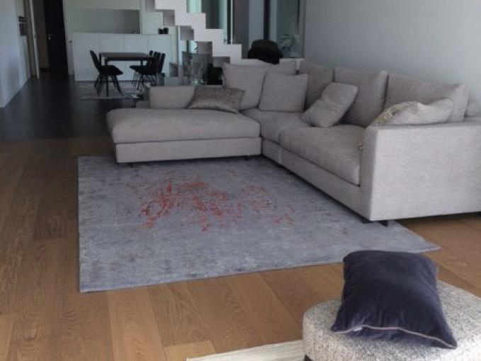 handgeknoopt tapijt spotlight in wol en bamboe zijde