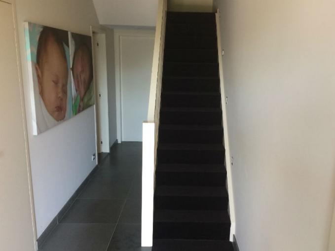 traploper verlijmen op trap
