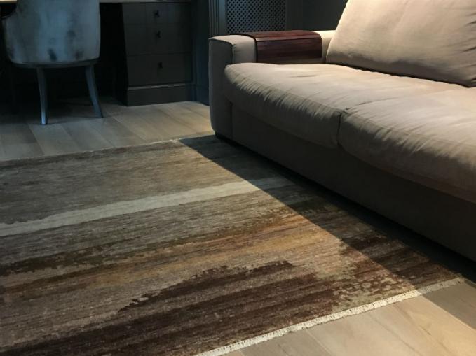 handgeknoopt vloerkleed in bamboe zijde op maat gemaakt