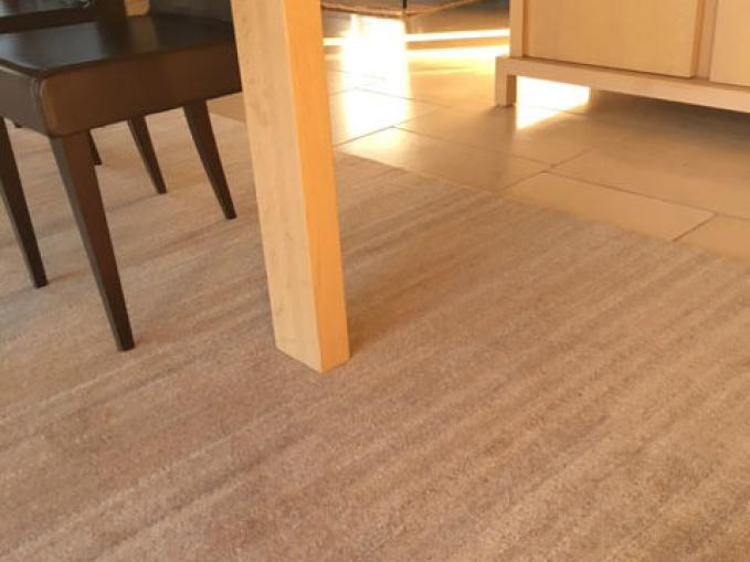 wollen tapijt in beige en grijs